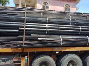 Xe chở thu mua phế liệu sắt